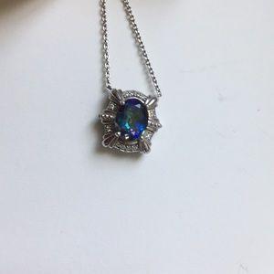 Avon Small silver stone necklace